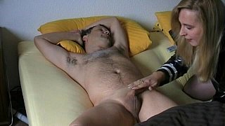 Amateur wife gives head to her husband image