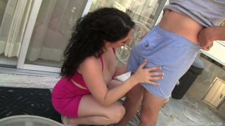 Pale skin brunette diva Kiki D'aire gives blowjob to Romeo Price image