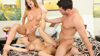 Image: Bibi Noel & Raquel DeVine & Preston Parker in My Friends Hot Mom