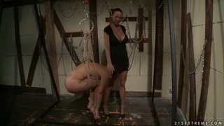 Dominatrix Mandy Bright gets a new victim, Szilvia image