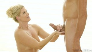 Skilled masseur India Summer knows how to make her client fully_satisfied image