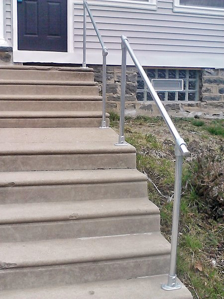 15 Customer Railing Examples For Concrete Steps Simplified Building | Building A Handrail For Concrete Stairs | Deck Railing | Deck | Steel Handrail | Porch | Outdoor Stair