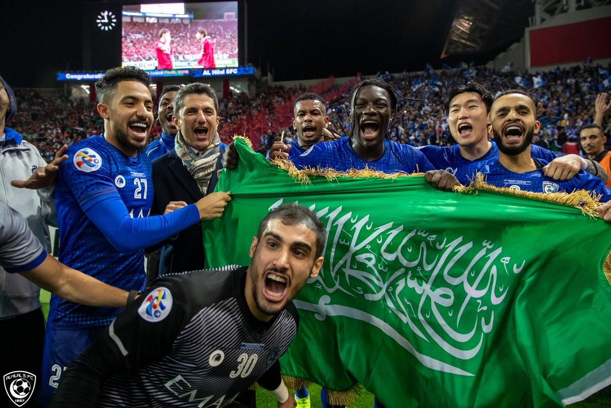 أسد الهلال السعودي بطل آسيا 2019 بافيتيمبي جوميز يتأهب للمونديال
