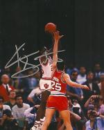Autographed Keith Smart Photograph - INDIANA HOOSIERS 8X10 1987 GAME WINNING SHOT COA