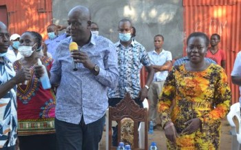 Half of Kenyans lack title deeds, says Lands CS Karoney