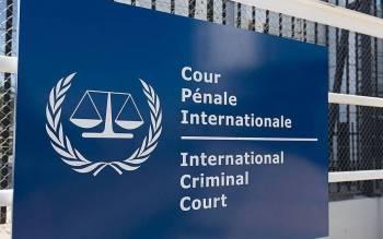 Kenyan lawyer surrenders to ICC