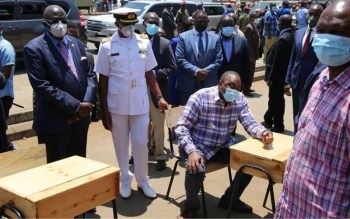 Uhuru launches Sh1.9b locally assembled school desks project