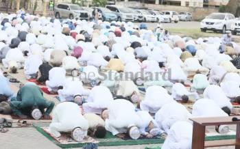 Muslims pray in Tanzania, celebrate Eid in Kenya