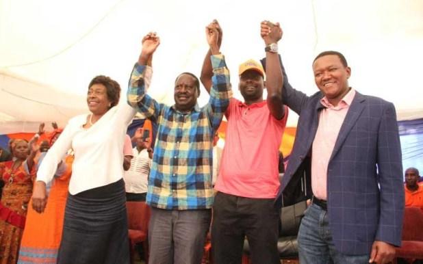 To Raila's rescue: Alliances loom as Kibra battle hits homestretch ...