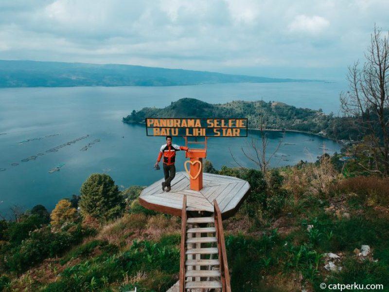 Ada banyak tempat wisata di sekitar Danau Toba seperti Batu Lihi Star ini.