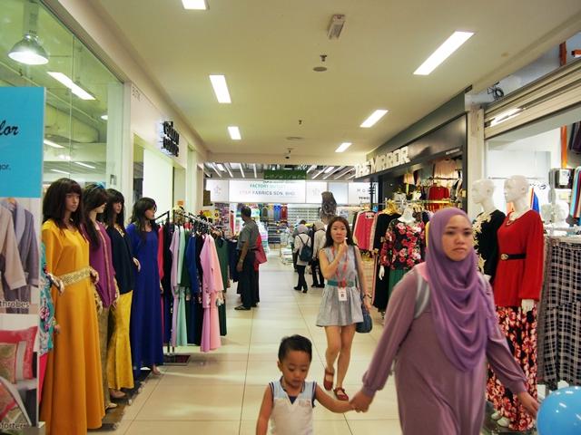 Berbagai macam jenis baju muslim ada!