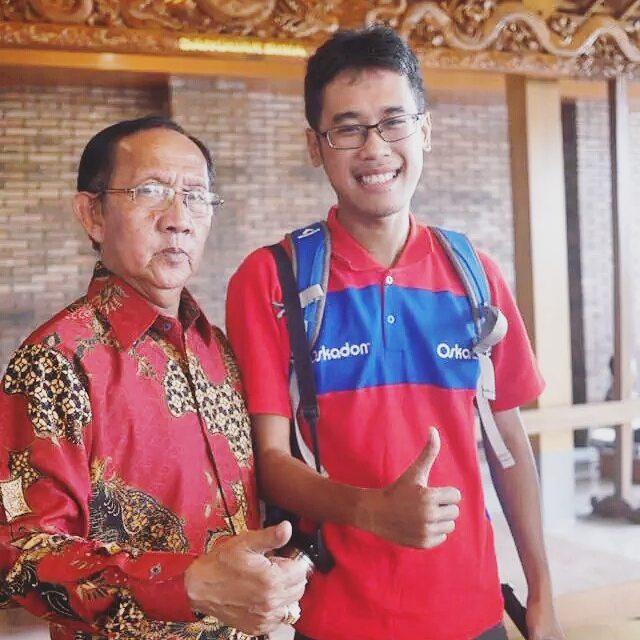 Foto bareng Pak Dhe!!