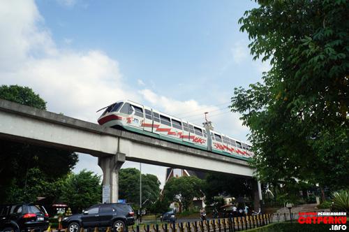 Siapa bilang di Jakarta belum ada monorail? Nah loh, ini apa?