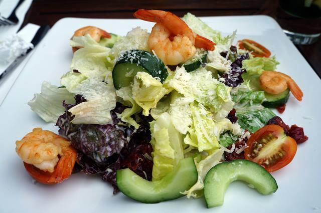Shrimp Salad Garde Beukenhof sesuai imajinasi saya.