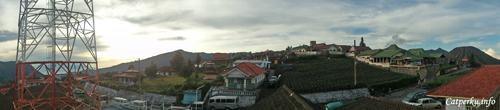 View dari homestay, desa Cemoro Lawang.