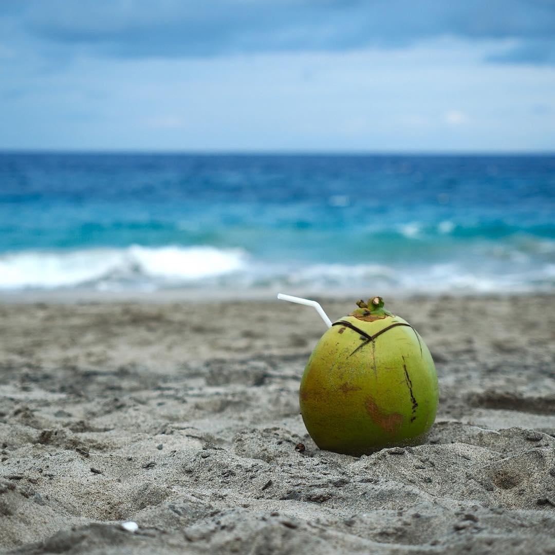 The price of admission to White Sand Beach Bali is cheap, only IDR 10.000  person. via @ardoadiwidjaja