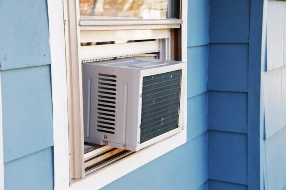 What You Need to Know About Installing Window Air Conditioner in Vinyl Windows