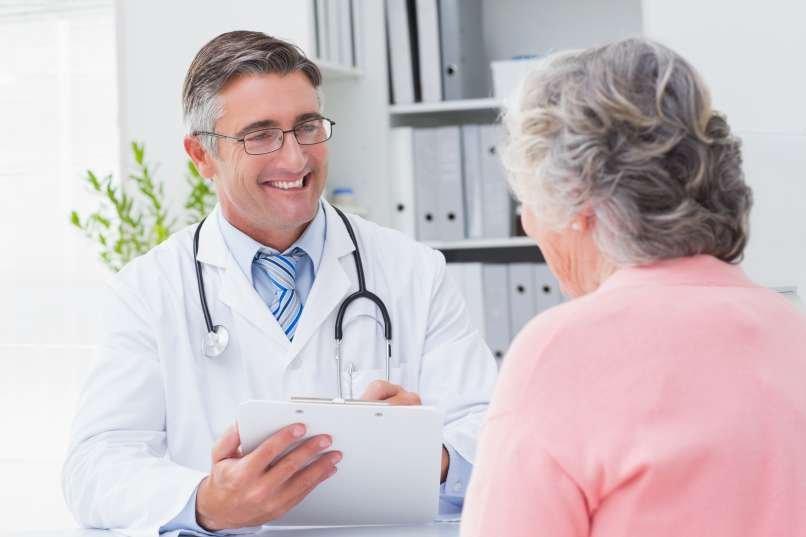 Placebo je po definiciji zdravilo brez zdravilne snovi, ki je po videzu in okusu enako kot pravo zdravilo, torej navidezno zdravilo. V sodobni medicini se placebo pogosto uporablja pri kliničnih testiranjih, namenjenih preizkušanju novih zdravil, zlasti tistih, ki so bila razvita za različna nevrološka in psihiatrična stanja.