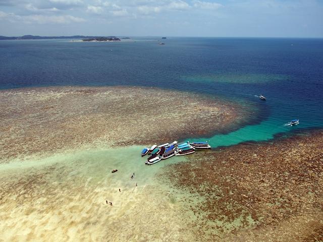 Tertambat Hatinya Di Pulau Lengkuas