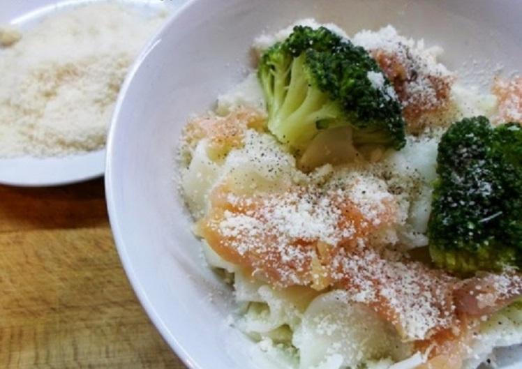Paste cu somon și broccoli, timp de preparare: 1 oră