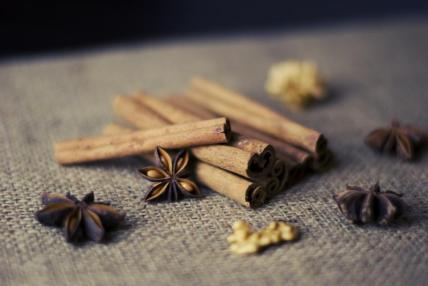 cinnamon sticks anise nuts