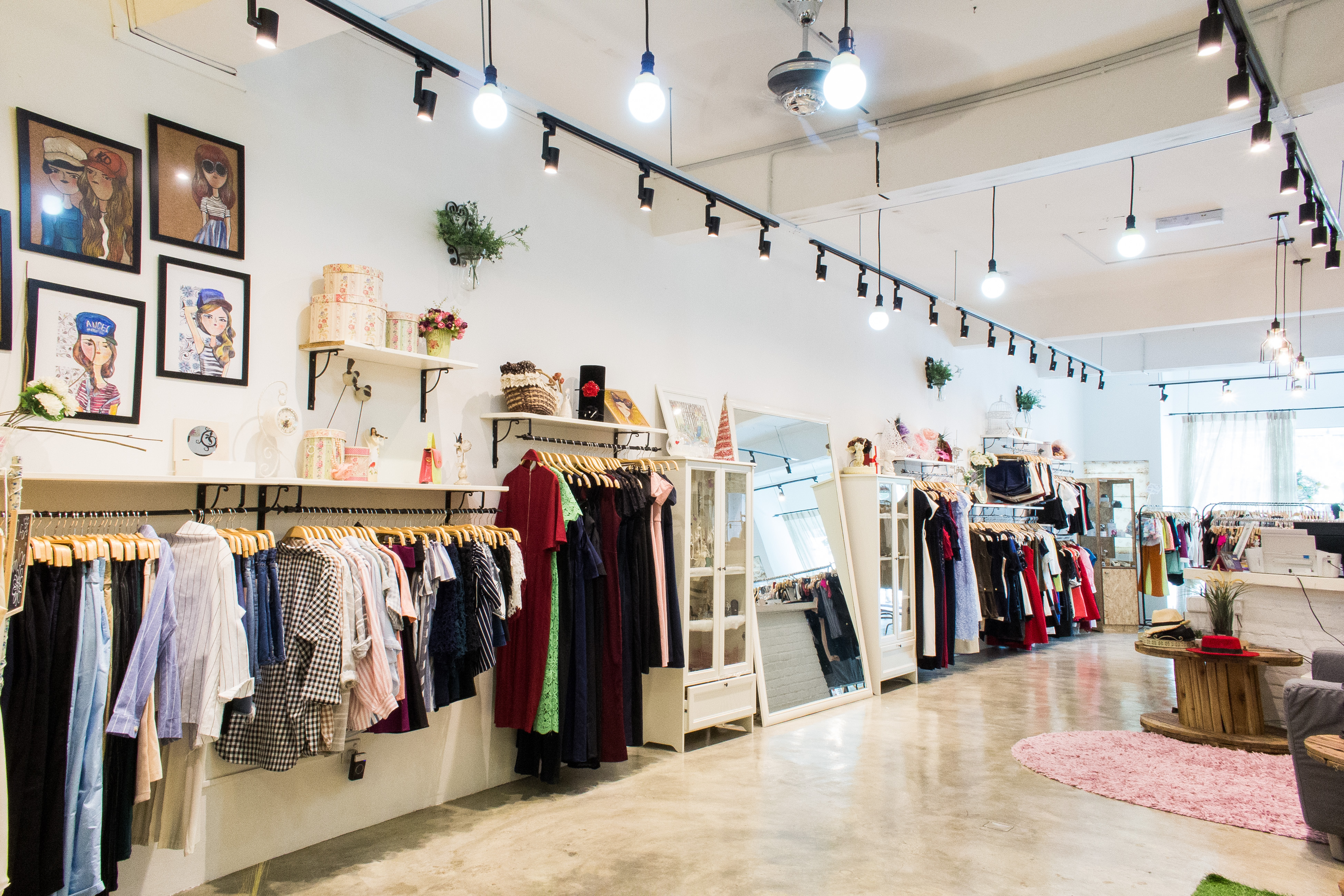 Boutique  Best Come Check Out Our Local Bridal Boutique In Downtown     gallery of the leading fashion boutique that stocks pretty japanese u  korean style clothing and accessories at reasonable price with boutique