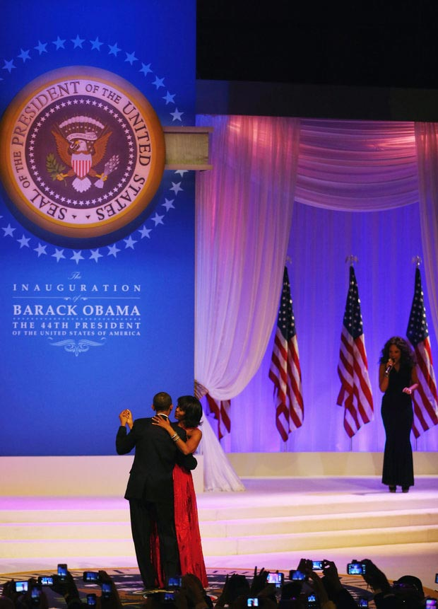 Inauguration Ball First Dance Let s Stay Together Jennifer Hudson