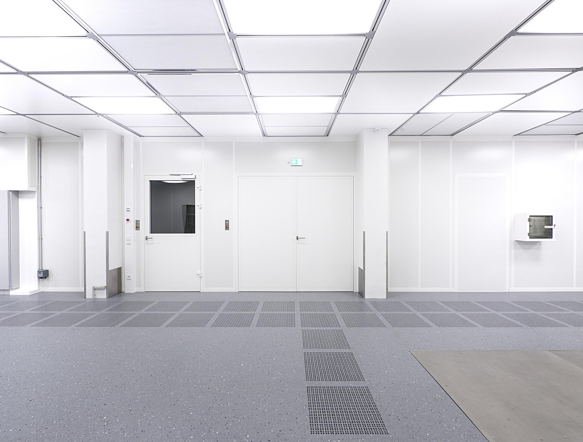 clean room lighting by lindner group