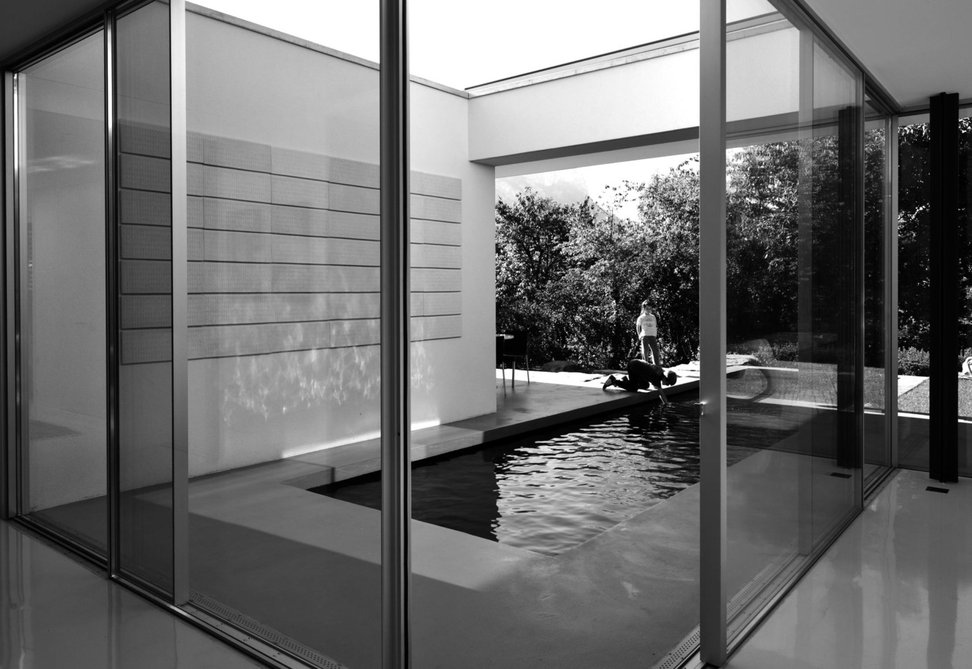 Aluminium Corner Sliding Window Villa E By Panoramah STYLEPARK