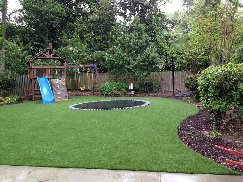 Artificial turf backyard 2000 Square Foot Synthetic Turf International Softlawn Lawn And Landscape Artificial Grass Pinterest Fake Grass For Yards Softlawn Lawn Landscaping Synthetic Turf