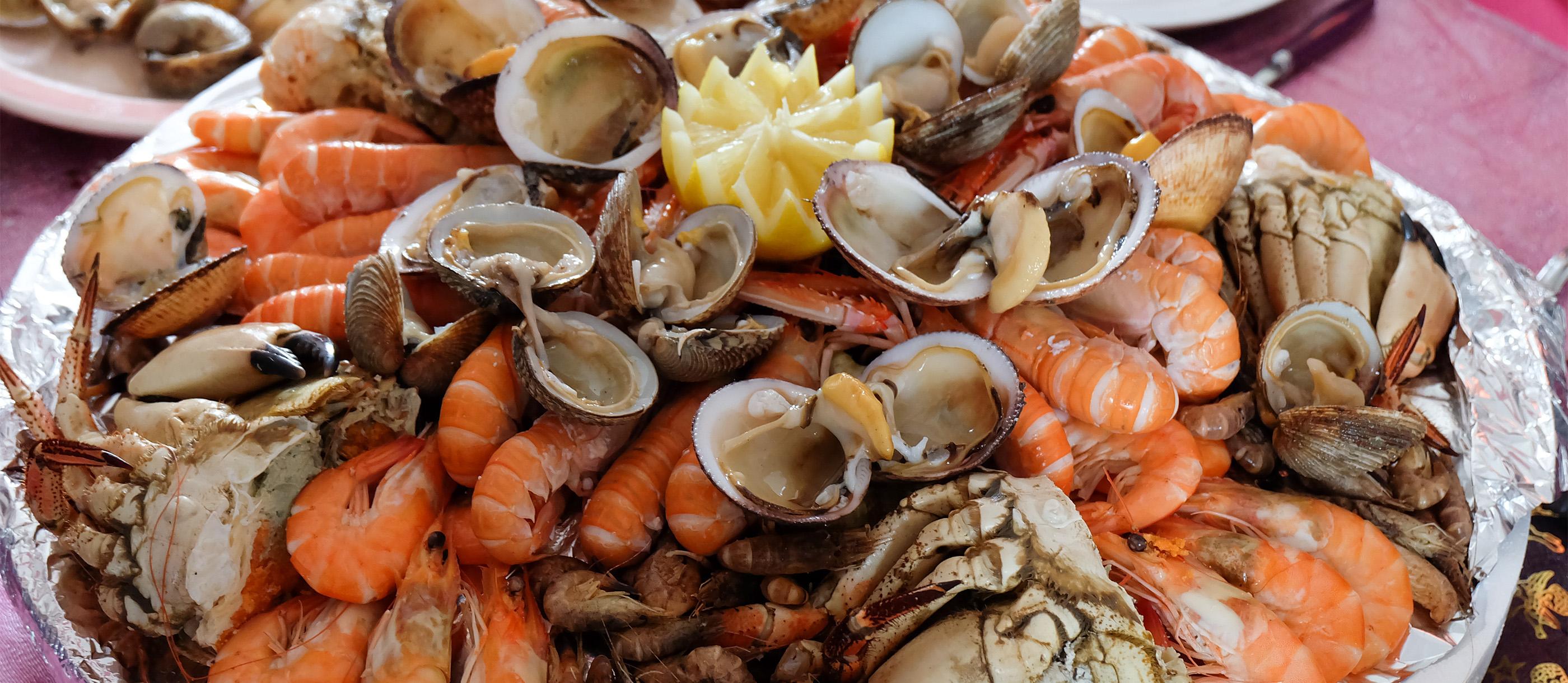 plateau de fruits de mer traditional
