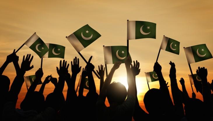 پاکستان کے جھنڈے