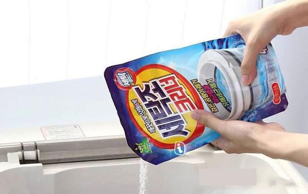 có nên dùng bột tẩy vệ sinh lồng giặt