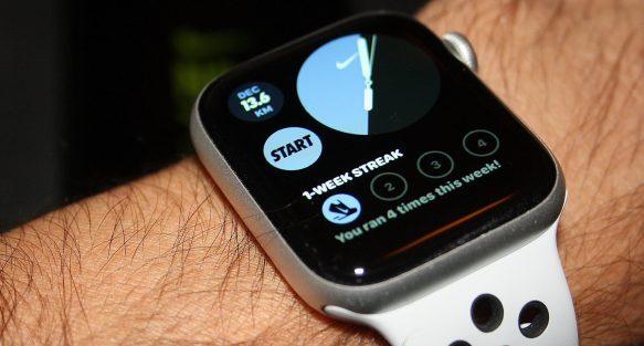 Nike Run Club NRC Apple Watch SE