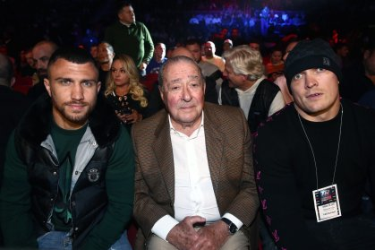 Vasiliy Lomachenko does the punching. Egis Klimas takes care of the rest –  The Athletic