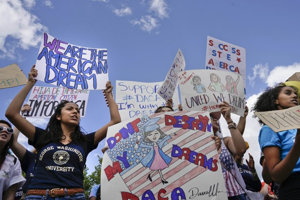 Supporters of DACA demonstrate in front of the White House.
