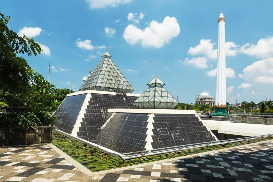 Monumen Nasional Surabaya