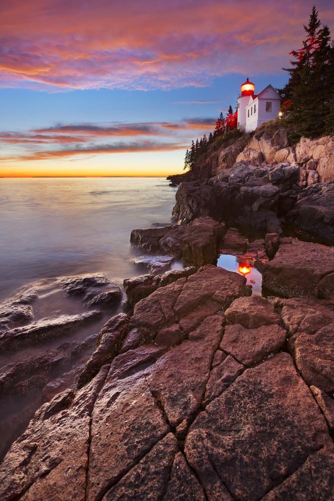Bass Harbor Head Lighthouse en el Parque Nacional Acadia