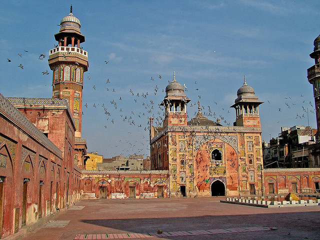 Wazir Khan Mosque | © Guilhem Vellut/Flickr