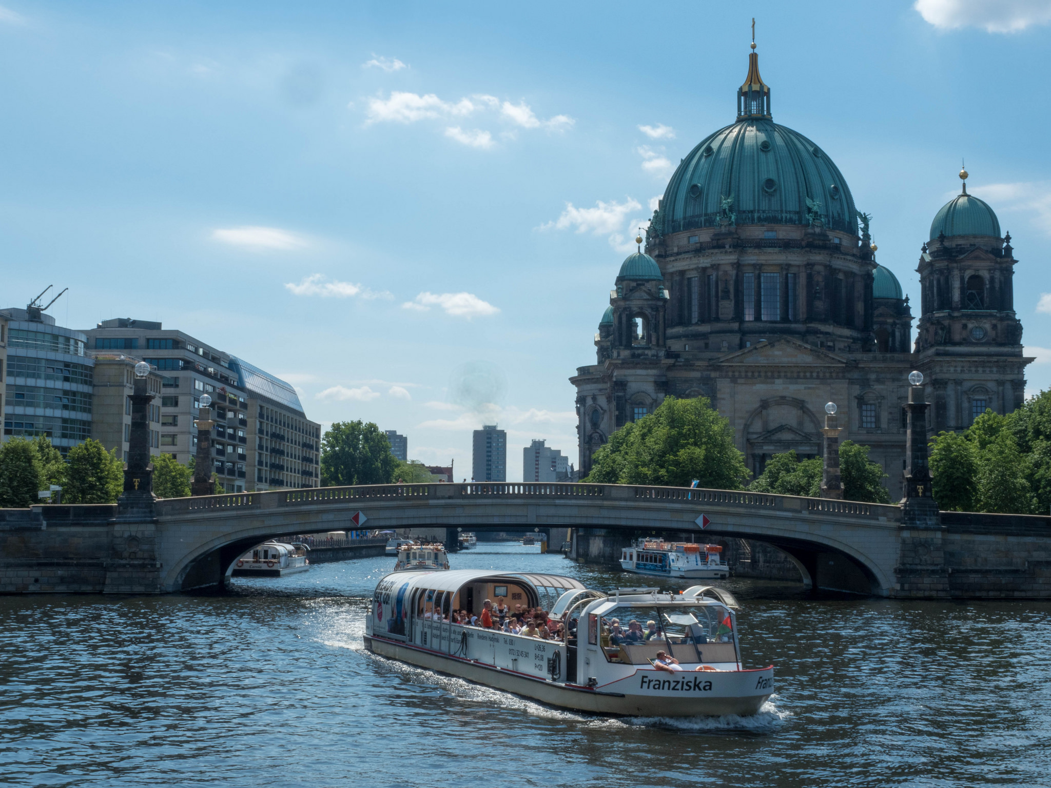 10 Angles Of Museum Island