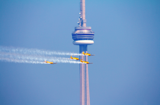 The History Of Torontos CN Tower In 1 Minute
