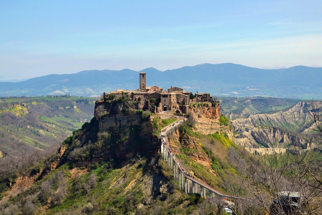 Dreamy Italian Hilltop Towns For A Perfect Getaway