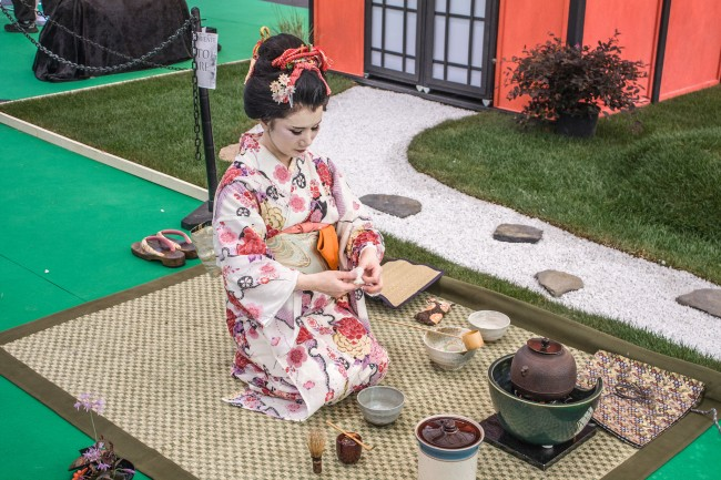 What To Do In A Japanese Tea Ceremony