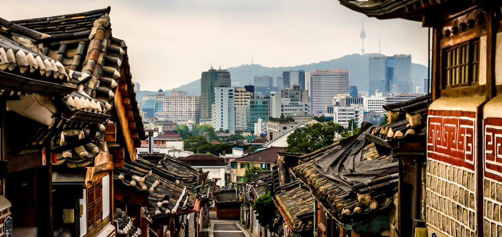 The 8 Best Guided Tours To Take In Seoul