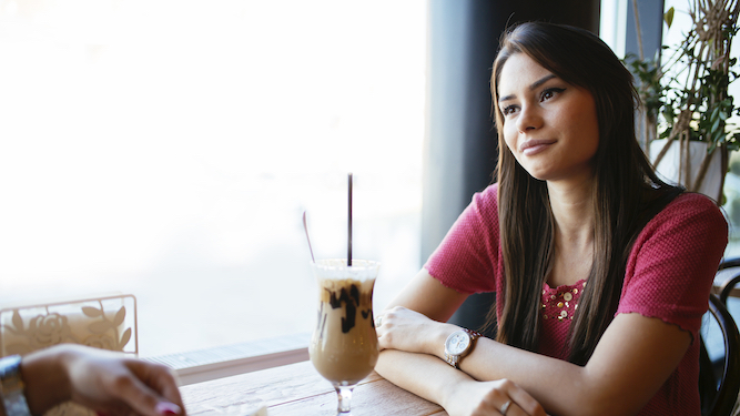 Woman breaking up with boyfriend can't decide which restaurant to ruin