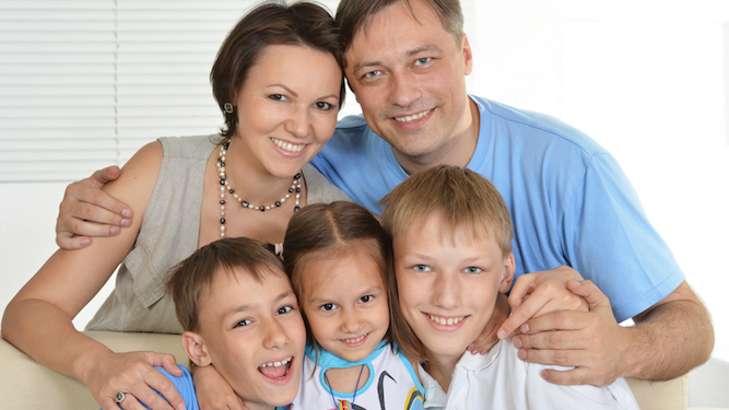 Family lifts nation's spirits by not making a video