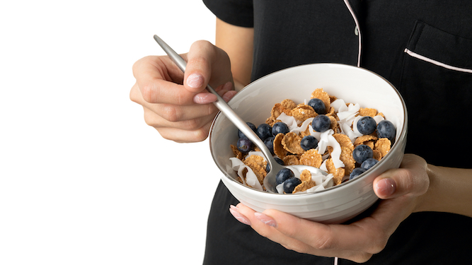 Woman finally reaches maturity after moving from Frosties to bran flakes