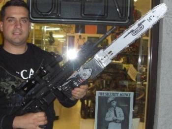 Gun Nut Creates DIY GOW Lancer