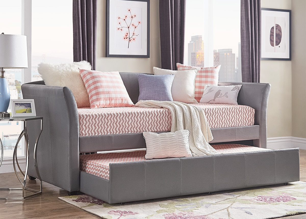daybeds and guest room furniture