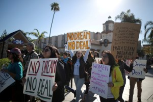 DACA recipients and supporters protest for a clean Dream Act outside Disneyland in Anaheim, California US January 22, 2018. Credit: Reuters/Lucy Nicholson